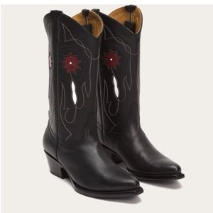 Frye western boots - mid height